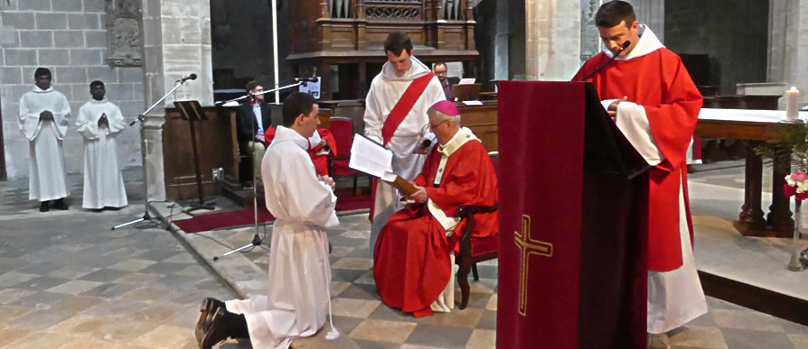 Etapes vers l'ordination presbytérale
